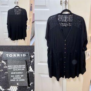 Torrid plus size blouse size 6